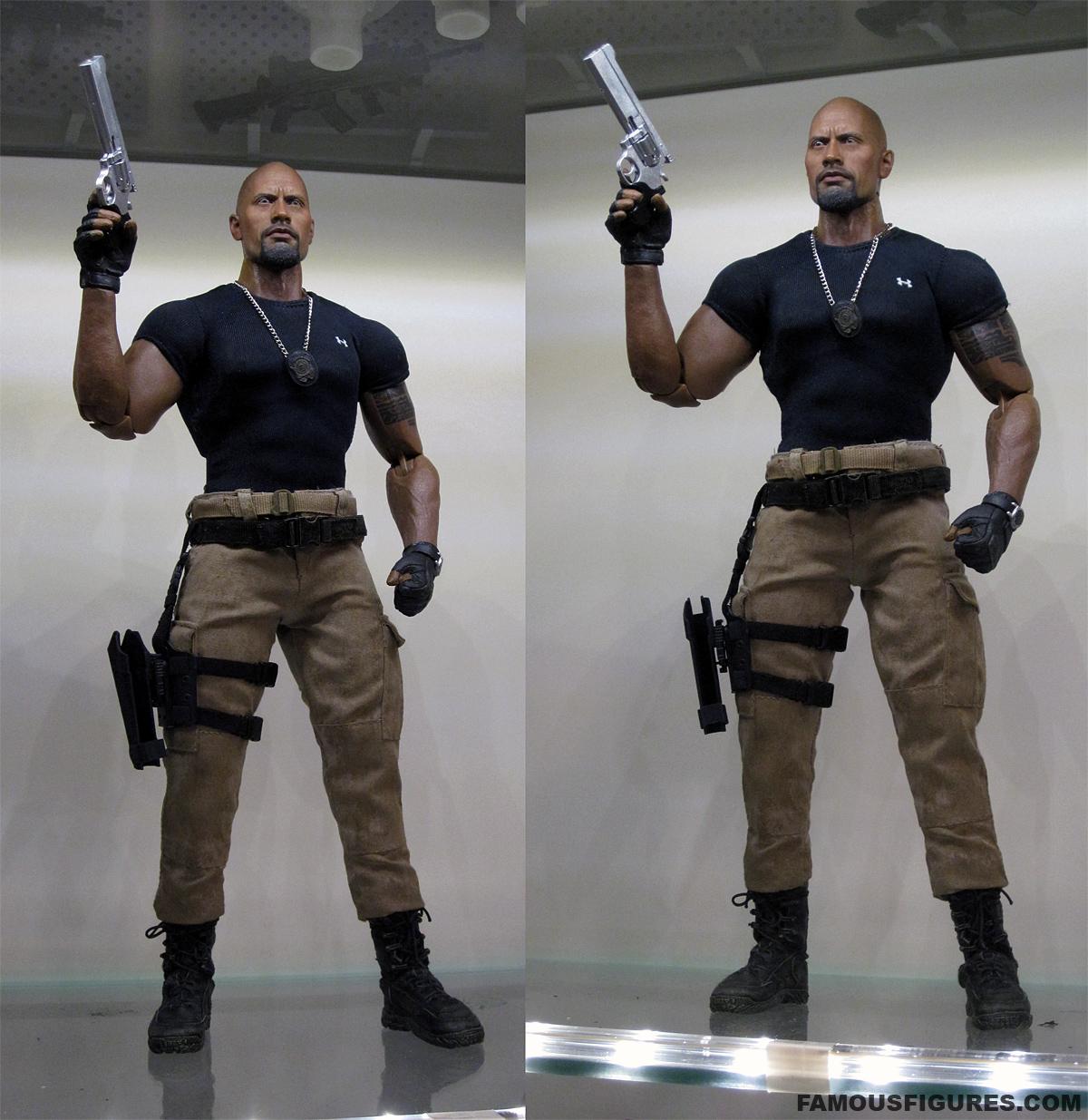 therock_dwaynejohnson_fastfive_figure_12-inch_07_pistol